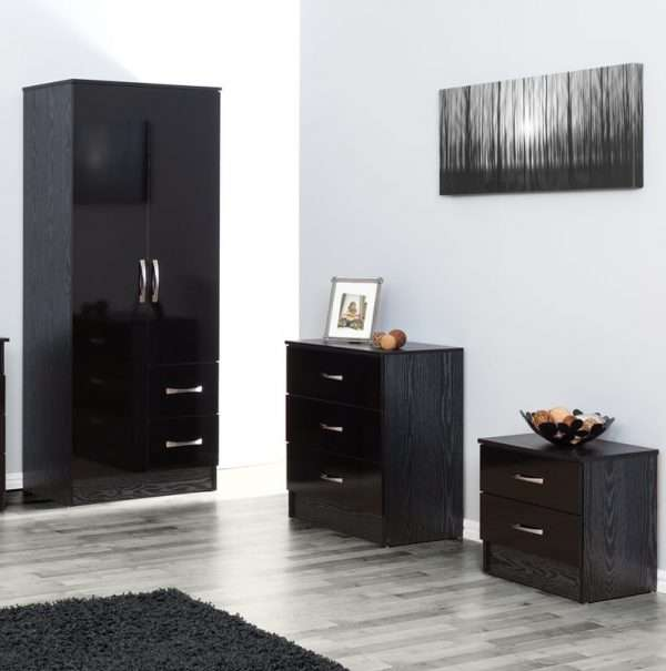 Chaz 3 Piece Bedroom Set