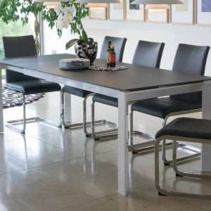 Mobo Extendable Dining Table